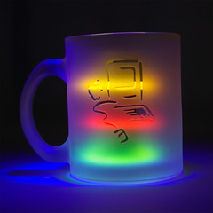 2006.3.12 Apple mug Picasso (shinichiro*) Tags: 15fav abstract color apple 510fav logo macintosh 100v mac order 2006 picasso mug mugshots crazyshin 1on1 0312 lightcolor 2009separt08 order500