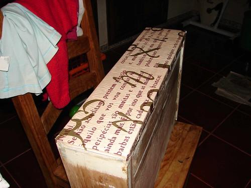 Papel colado na gaveta (by Loca....)