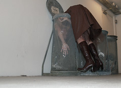 thursday (sannelodahl) Tags: brown selfportrait leather metal wall trash concrete grey shoes highheels hand dress boots skirt plasticbag trashcan trashcans thursday sko tulle bi brun beton hverdag sanne gr weekday garbagebin billi april27 torsdag stvler tyl billibi garbagebins skraldespand hnd leatherboots browndress skrald selvportrt nederdel sannelodahl lder vg hjhlede plastpose lderstvler lodahl