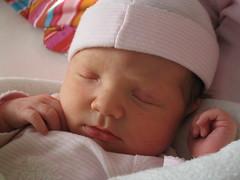 Kiek, zes dagen oud (Snoader) Tags: baby kids kiek
