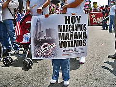day of protest #5 (Kris Kros) Tags: california ca usa public cali freedom la us losangeles cool pix day labor alien protest belief 2006 right casio demonstration socal believe illegal kris exilim immigration jjj struggle laborday equality righteousness kkg equal righteous exz57 may1 humanright illegalalien kros kriskros nonhdr kk2k kkgallery