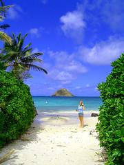 heidi's beach (Haiku Garry) Tags: hawaii oahu mokuluaislands haikugarry