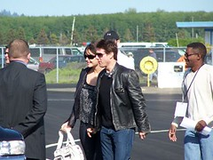 Tom Cruise and Katie Holmes leaving plane