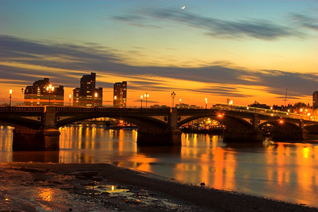 Battersea Bridge Sunset (2) by kayodeok