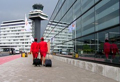 Schiphol (bogers) Tags: life street new city travel red people holland rot netherlands dutch amsterdam plane rouge photo google airport rojo europe flickr foto air diary nederland daily holanda stewardess rd bas rood rosso schiphol bogers stad buiten flightattendant straat mensen rd martinair flightcrew luchthaven fotograaf airhostess 286 rubro rouche hostes luchtvaart skygirl niederlnde basbogers airhostes airgirl basbogersdenhaaghotmailcom straatfotografiecom