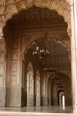 Badshahi Masjid Arches (Max Loxton) Tags: pakistan beautiful architecture muslim pakistani yani lahore towards masjid yasir mughal badshahi nisar yasirnisar towardspakistan pakistaniphotographers pakistaniphotographer maxloxton pakistaniat wwwtowardspakistancom