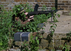 WW2 Essex Regiment Bren gunner (Whipper_snapper) Tags: ww2 essex gunpowder walthamabbey brengun royalgunpowdermills essexregiment