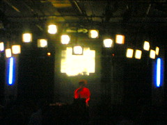 Hrdvsion @ Mutek 2006 in Montréal (Mia Terranova) Tags: show montreal live stage blogging moblogging mutek meidia liveact eventblogging hrdvsion mutek7 reahmicksus