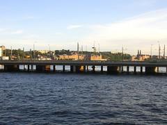 (lafalott) Tags: bridge sweden stockholm sverige
