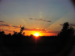 Sunset 6 (Isolino) Tags: sunset sun ray sunsets rays sunrays sunray lodi