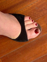 My foot (zambi74) Tags: red me hp rosso piede smalto zoccolo