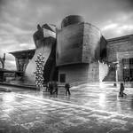 "Guggenheim,-Bilbao <a style=""margin-left:10px; font-size:0.8em;"" href=""http://www.flickr.com/photos/127607003@N02/19077491320/"" target=""_blank"">@flickr</a>"