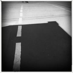 street photography (Albion Harrison-Naish) Tags: surryhills sydney newsouthwales australia streetphotography sydneystreetphotography albionharrisonnaish iphone iphoneography mobilephotography iphone5s hipstamatic helgavikinglens aobwfilm unedited straightoutofcamera sooc