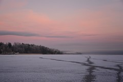 ☆☆☆ Merry Christmas ☆☆☆ (anek07) Tags: winter christmas merry happy cold ice lake fryken thursday morning clouds pink light forrest sjö is snö sweden snow snowwhite white