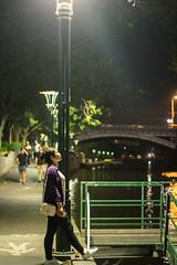 墨爾本 (k_chung945) Tags: 澳洲 墨爾本 亞拉河 yara yarariver 河畔 夜景 路燈 街頭 street streetphotograph