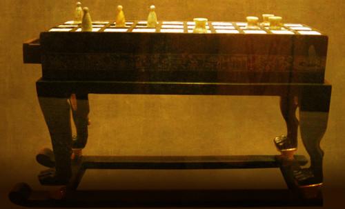 "Senet - Lujoso sistema de objetos lúdicos obsequio del dios Toht a la faraona Nefertari • <a style=""font-size:0.8em;"" href=""http://www.flickr.com/photos/30735181@N00/32521949265/"" target=""_blank"">View on Flickr</a>"
