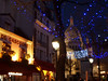 Place du Tertre ♡ Sacré-Cœur (Toni Kaarttinen) Tags: parís paris parizo pariisi párizs parigi パリ parijs paryż париж 巴黎 frança frankreich francio francia ranska france צרפת franciaország フランス frankrijk francja franţa франция frankrike 法國 iledefrance parisian sunset montmartre sacrécœur basilique church landmark night evening place du tertre placedutertre plaza artists lights cafe atmospheric