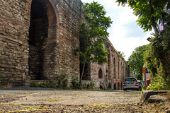 Valens Aqueduct HDR #2 - Istanbul (Piotr Kowalski) Tags: old bridge brick monument stone architecture ancient arch roman taxi istanbul most ottoman hdr constantinople archbridge valensaqueduct zabytki akwedukt łuk greyfalcon stambuł ataturkbulvari akweduktwalensa