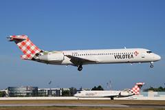 Boeing 717-2BL Volotea Airlines EI-EWJ (herpeux_nicolas) Tags: landing boeing v7 lowcost voe nte budgetairlines 7172bl lfrs attrissage n907me volotea voloteaairlines eiewj allezlescanaris