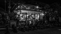 cafe orchid (Klaus Mokosch) Tags: ubud bali asien asia indonesia indonesien travel hdr blackwhite night schwarzweiss mono monochrome street grey light