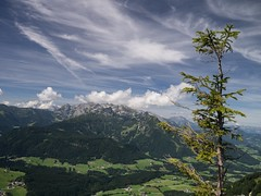 Near Gosseau-Hintertal (MiguelHax) Tags: landscape austria gosau sky mountains cirrus