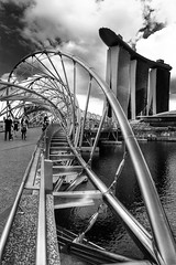 Helix Bridge Singapore (andrea schade) Tags: marinabaysands marinabay singapore helixbridge bridge helix singapur