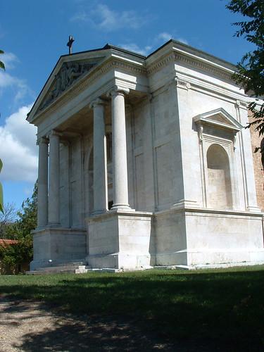 Pannonhalma, Millenniumi emlékmű