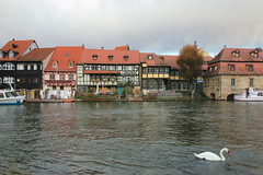 IMG_8193 (maro310) Tags: bamberg building architecture architektur 70d city bayern bavaria canon deutschland germany sightseeing urban winter outdoor colour river water waterfront kleinvenedig swam regnitz boat 250v10f