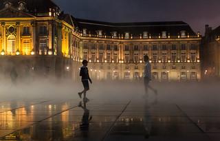 {Nightime in Bordeaux}136FCC