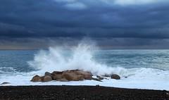 portrait de vague (b.four) Tags: mer sea mare wave vaga vague cagnessurmer alpesmaritimes ruby10 ruby15