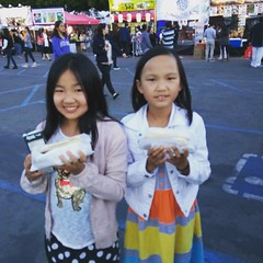 Sally and Emily got their Japadogs!