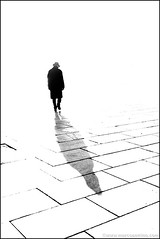 Torino 0387 (malko59) Tags: street shadow urban blackandwhite backlight torino ombra turin biancoenero controluce