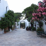 "Masseria Frantoio <a style=""margin-left:10px; font-size:0.8em;"" href=""http://www.flickr.com/photos/14315427@N00/19163851019/"" target=""_blank"">@flickr</a>"