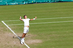 Tomic serving | Djokovic v Tomic | Day 5 | The Championships | Wimbledon 2015-53 (Paul Dykes) Tags: uk england london sport july tennis day5 wimbledon sw19 heatwave dayfive centrecourt 2015 bulges aeltc thechampionships novakdjokovic bernardtomic summer2015 wimbledon2015