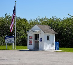 Smallest Post Office (ACEZandEIGHTZ) Tags: smallest postoffice tamiamitrail building ochopee mail nikon d3200 florida