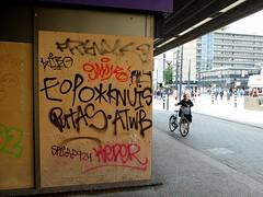 Tags (oerendhard1) Tags: urban streetart art graffiti rotterdam tag tags ups vandalism throw putas eopo atwb knuis