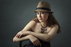 06_14_olga_254 (Gereon Zwosta) Tags: portrait people girl studio ef85mmf18 strobist ezybox eos5dmk2