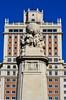 Statue in Madrid. (ost_jean) Tags: madrid statue nikon d5200 900 mm f28 ostjean spain spanje
