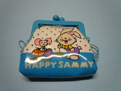 1982 Happy Sammy - Fancy World - Coin Purse (My Sweet 80s) Tags: funnybunny 1982 madeintaiwan fancyworldcreationsinc fancyworld portamonete coinpurse purse cartoleriavintage anni80 80s 80sstationery vintagestationery coniglietto rabbit happysammy bunny coniglio taiwan wallet portafogli portafoglio wallets borsellino portaspiccioli