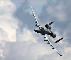 A-10 Thunderbolt (Bernie Condon) Tags: tattoo plane flying display aircraft aviation military attack jet airshow usaf fairchild cas warplane a10 ffd fairford thunderbolt riat airtattoo closesupport