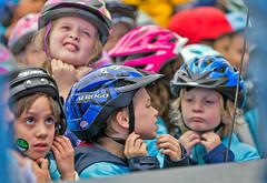 2015-06-03 Kids practise fastening helmets