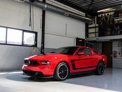 Ford Mustang Boss 302 2010 (Pieter B. Photography.) Tags: boss red horse usa black holland ford netherlands car photography power muscle unique garage wheels nederland special american frise nl mustang gt fordmustang rood exclusive v8 friesland coup musclecar fryslan 302 dealer 2010 horsepower paard mustanggt elfstedentocht jaarsma autogespot hartwerd pieterbuursma pieterbphotography pieter97 pbstradale