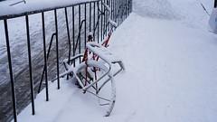 Waiting for summersun - for Photo Sunday (annesjoberg) Tags: photosunday fotosondag fotosöndag fs161211 väntan vantan waiting bicykle bike snow winter snö cykel vinter vinterlandskap winterlandscape sony sonynex5t sonyphotograph