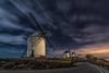 No son gigantes... (Amparo Hervella) Tags: consuegra españa spain molino nube paisaje nocturna largaexposición d7000 nikon nikond7000 comunidadespañola wewanttobefree