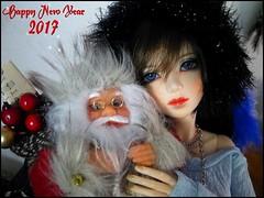Happy New Year 2017 !! ❤ (Misstica Dolls) Tags: souldoll souldollsoulkidarina souldollarina souldollkid kidarina arina soulkid happynewyear2017 bonneannée newyear 2017 bjd balljointeddoll doll dolls msd christmas santa pèrenoël bjdchristmas blueeyes brown wig russiangirl russia feather hair handmade necklace bracelet jewel headband chapka winter