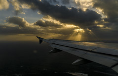Sunset from the sky (DROSAN DEM) Tags: subset sunset atardecer ocaso airplain avion volar fly sky cielo nubes clouds