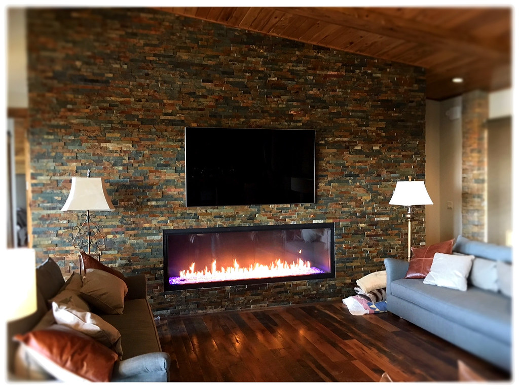 Stellar 7' x 2' linear fireplace, Chattanooga, TN.