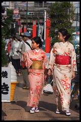Kimono ladies (elenaleong) Tags: ladies sensoji japanese costume shrine kimono asakusa tokyo15