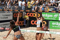 51_R.Varadi_R.Varadi (Robi33) Tags: show summer game sport ball court switzerland sand play action competition basel victory player beachvolleyball international block umpire viewers