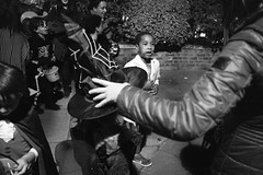 Halloween 2016 in St John's Wood (fabiolug) Tags: hat halloween stjohnswood night costume costumes kids kid children child people street streetphotography london leicammonochrom mmonochrom monochrom leicamonochrom leica leicam rangefinder blackandwhite blackwhite bw monochrome biancoenero leicaelmarit28mmf28asph elmarit28mmf28asph elmarit28mm leicaelmarit28mm 28mm elmarit leicaelmarit wide wideangle